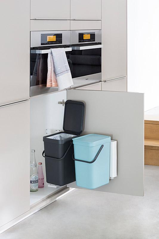 Brabantia Sort & Go lajitteluastia keittiön kaappiin 2×12